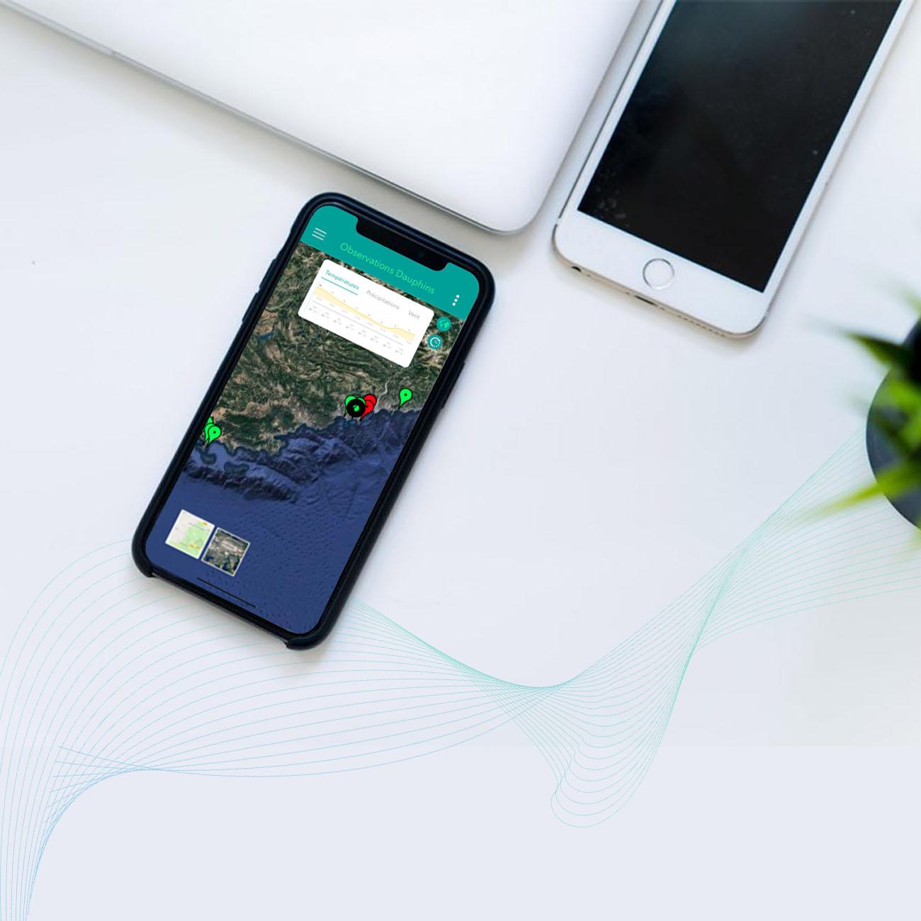 Iphone-MokeUp-1300×1300